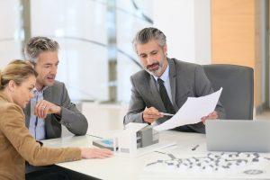 адвокат арбитражни дела, Търговски арбитраж