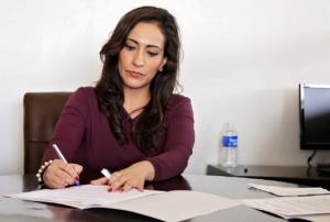 Кой взима правата след развода ?