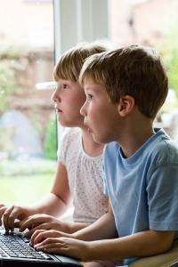 Отнемане родителски права